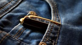 How to Buy Skinny-Fit Jeans Online