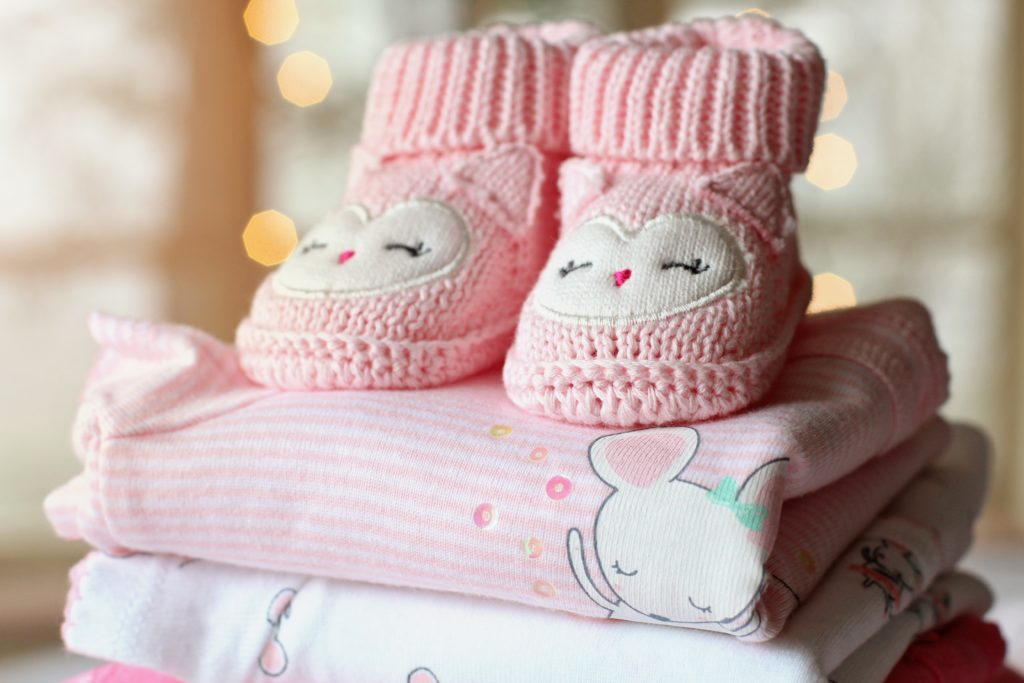 46b101f4576b9 You are already busy taking care of your baby's needs throughout the day,  so worrying about clothes which don't fit your little one properly, ...