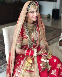 sonam-kapoor-jewellery